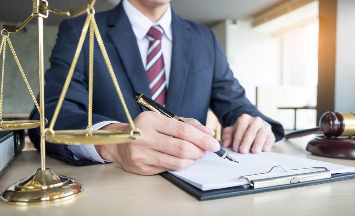 Перенесены сроки вступления в силу изменений о предоставлении в суд идентификаторов ответчика.