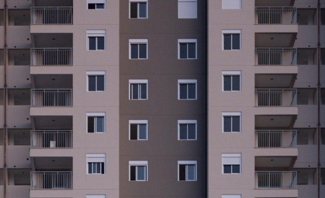 Право собственности на жилые помещения: разъяснение суда