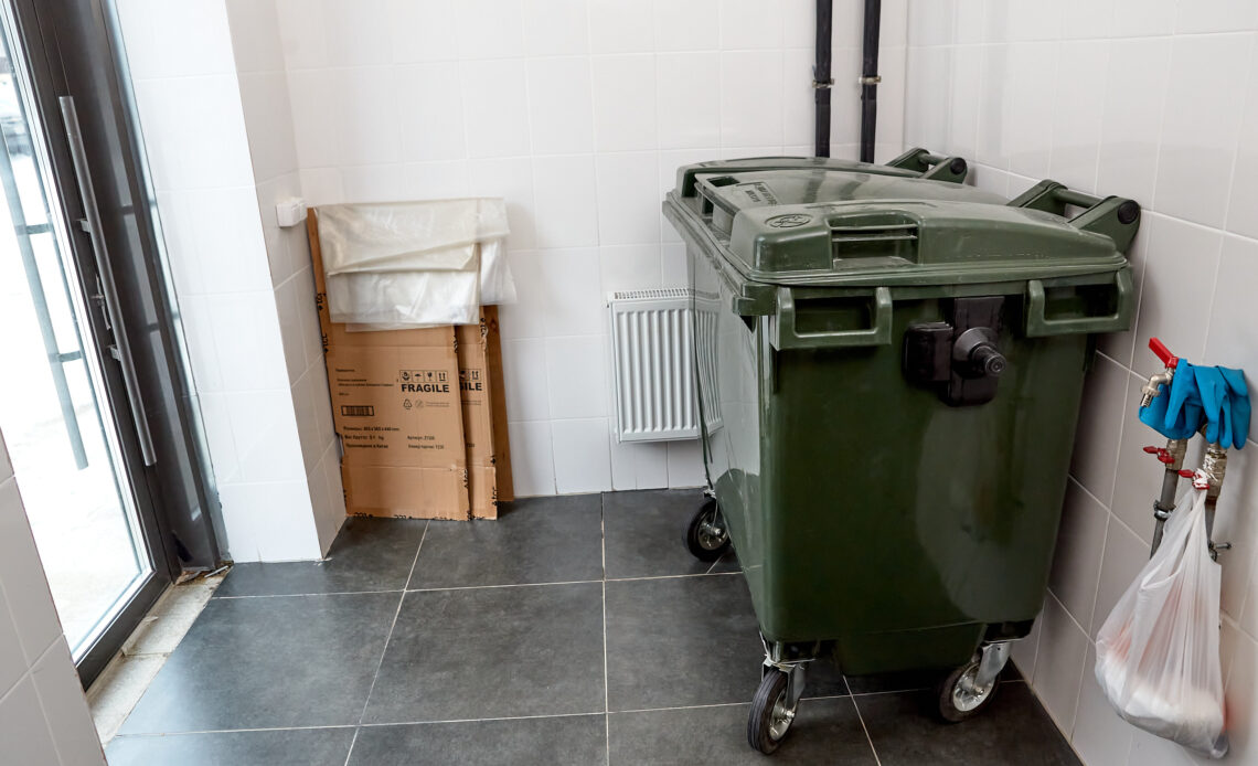Россиянам хотят дать скидку на ЖКУ за сортировку мусора